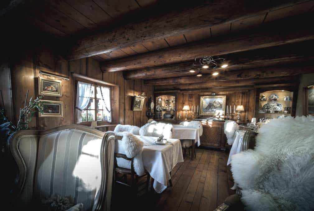la ferme des vonezins restaurant d 39 alpage dans les aravis haute savoie. Black Bedroom Furniture Sets. Home Design Ideas
